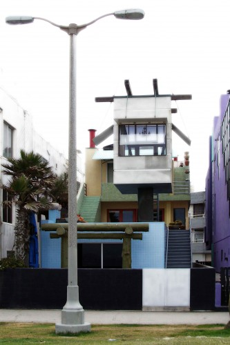 Photo I took of a Frank Gehry House for a Life Guard on Venice Beach