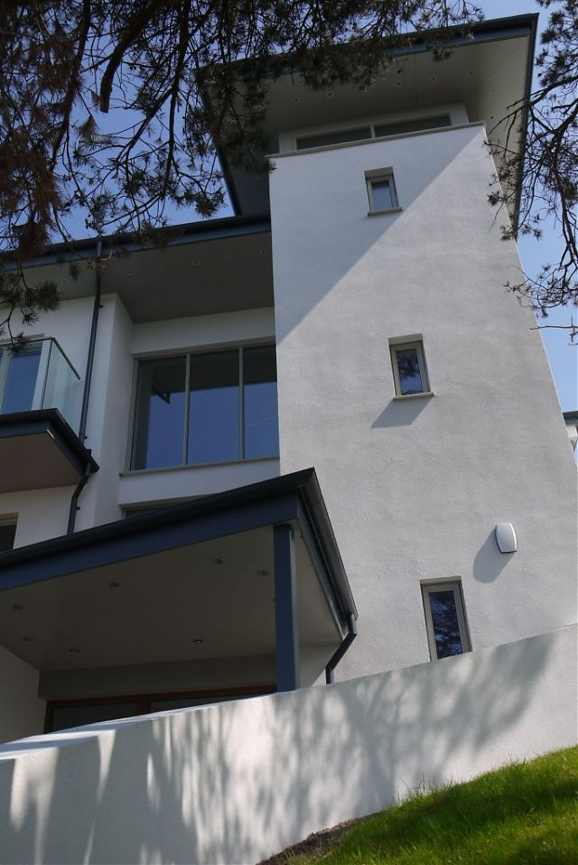 """Entrance stair / lift tower and """"lookout"""""""