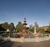 Fountain - Paisley