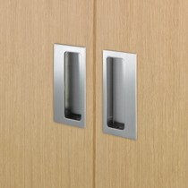 Flush pull and wardrobe handles